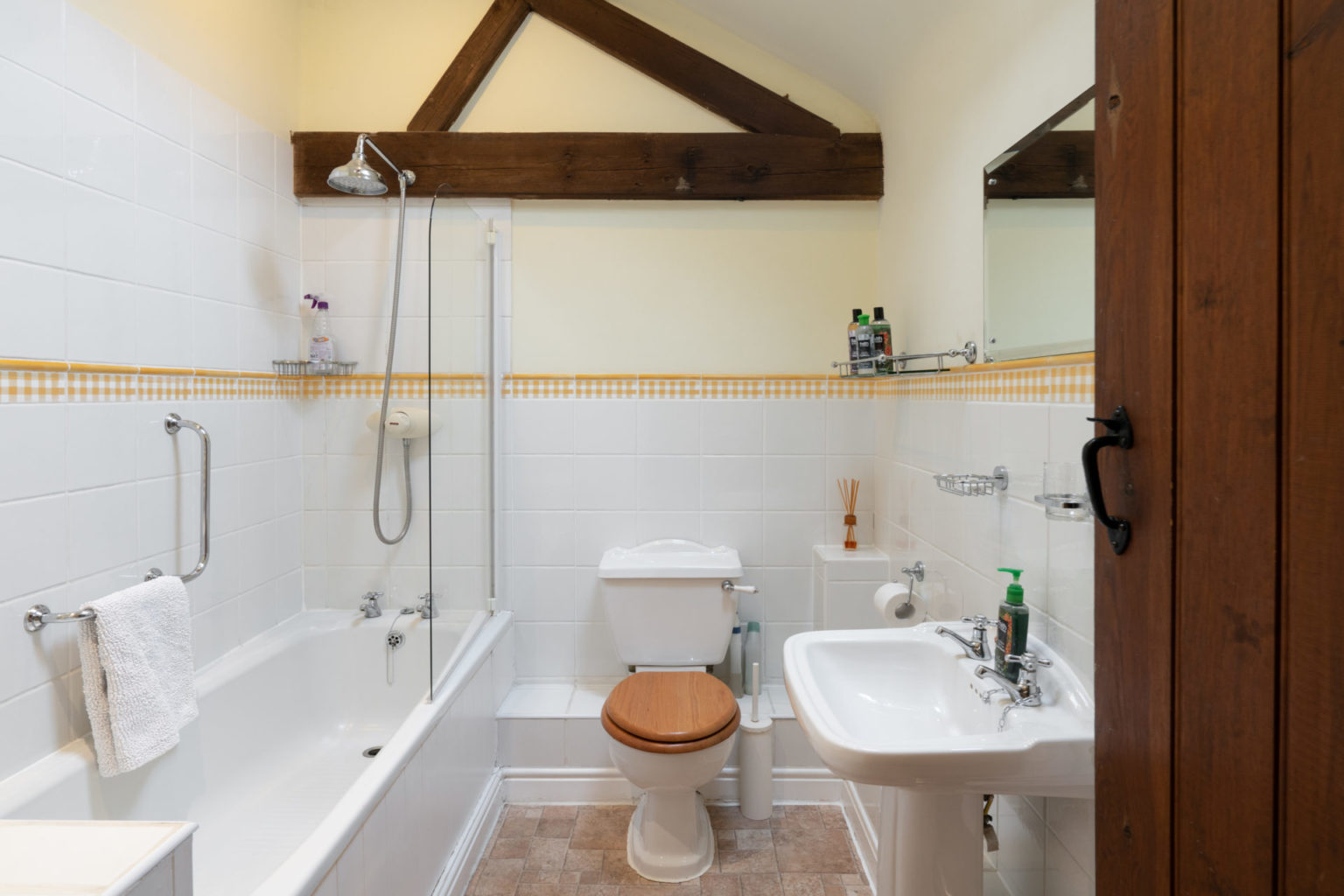 2019 Waterperry bathroom